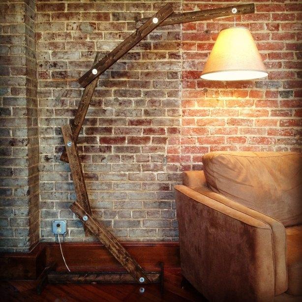 woodenfloorlamp